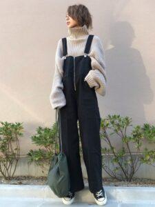 サロペットはおばさんでも着れる?40代は痛いのかアパレル店員が解説。